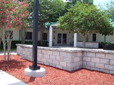 Tom Ison Seniors and Veterans Center Patio Area